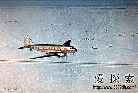 地下1200米的飞机