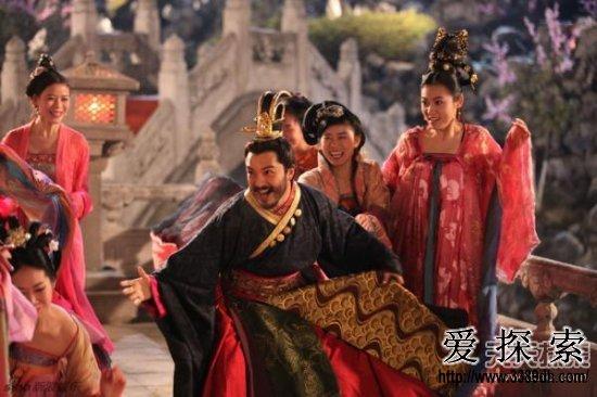 中国古代皇帝大都后宫拥有三千佳丽,因此历史上很少有不风