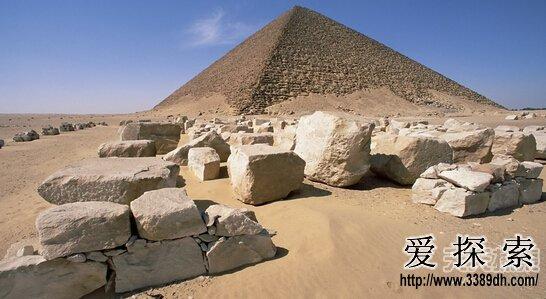 金字塔藏惊人作用 与外星人沟通工具