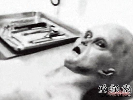 揭秘1947外星人事件:美国解剖外星人(2)
